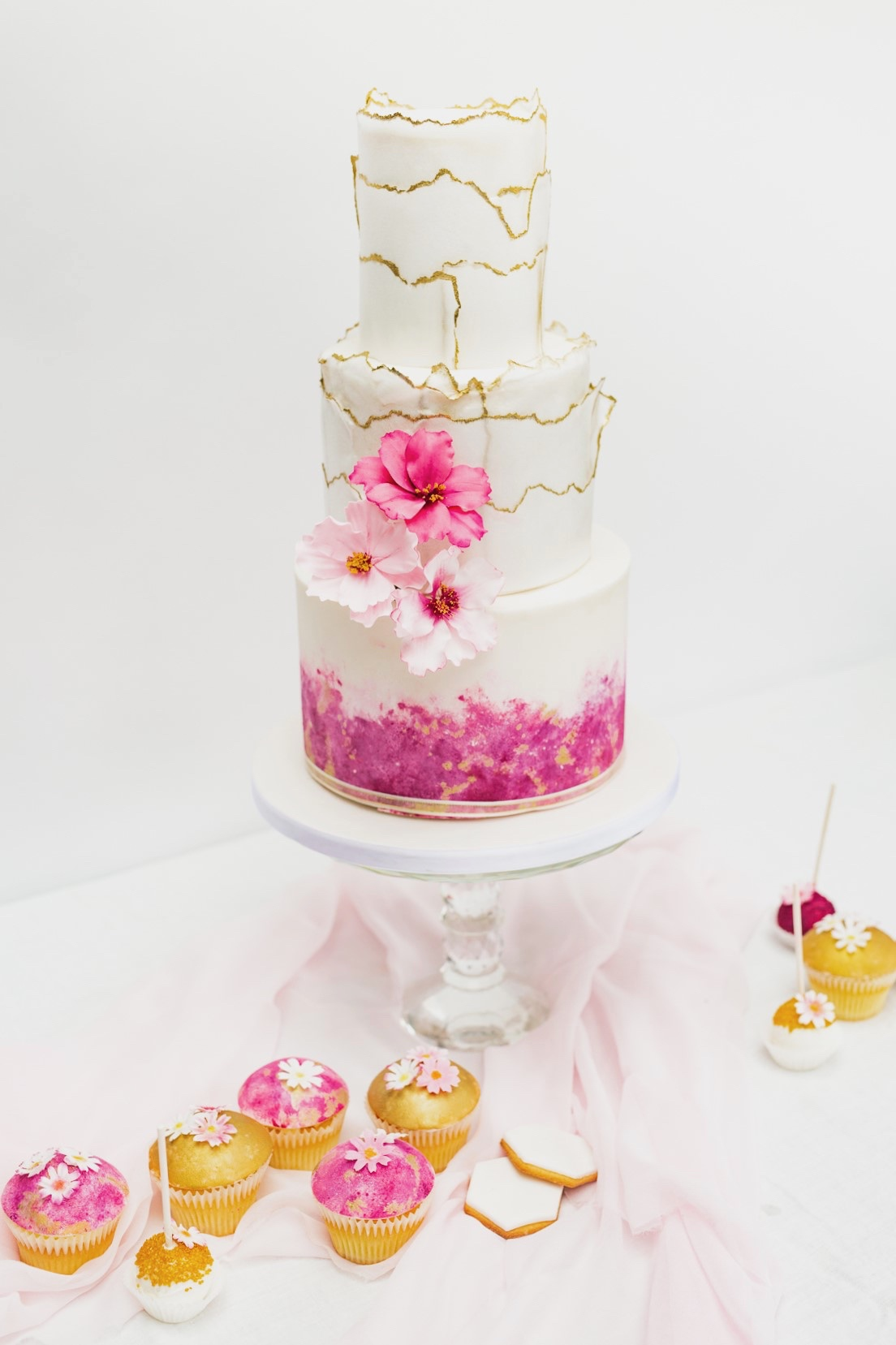 bespoke luxury wedding cake