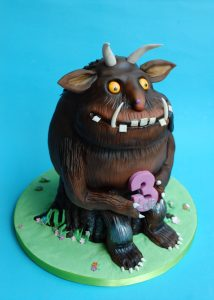 Childens-Birthday-Cake-3D-Gruffalo-214x300