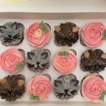 Pink roses cats