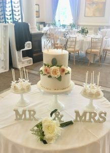 small cake table